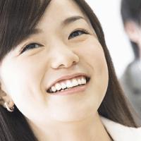 【ホワイトニング】黄ばみが気になる人の歯を真っ白にする ...